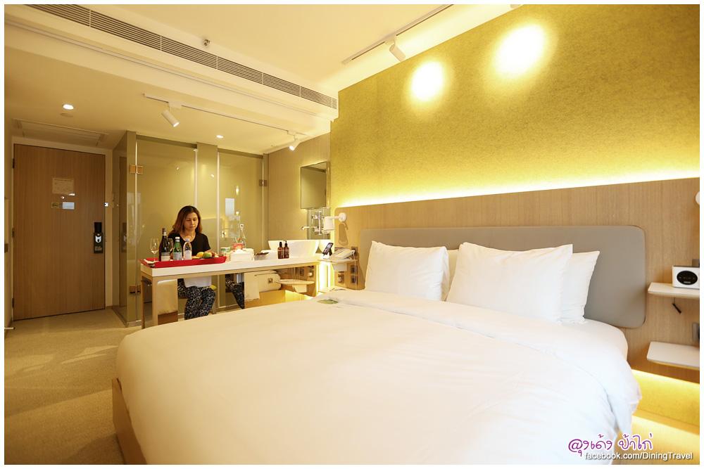 2015-eaton-Hotel-Smart-room_05