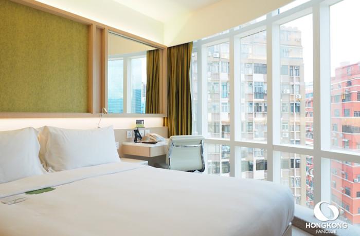 Family Room @ Eaton Hotel ห้องใหญ่ 3 เตียง พักได้สูงสุด 5 คน