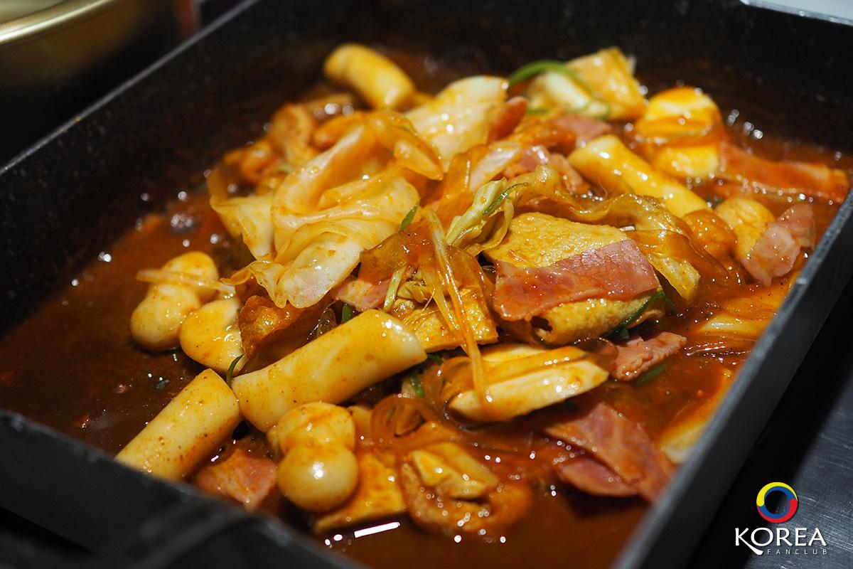รีวิวร้านอาหาร แดกู