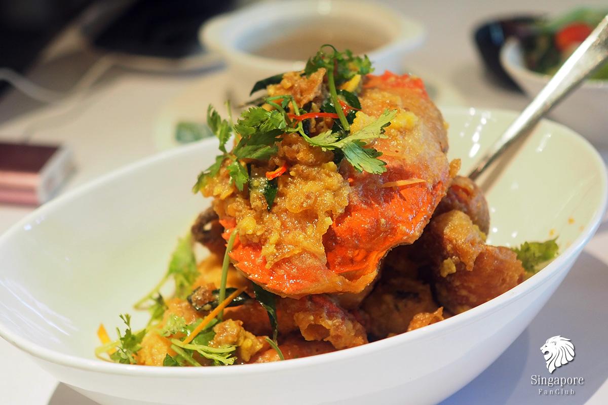 ปูผัดไข่เค็ม สิงคโปร์