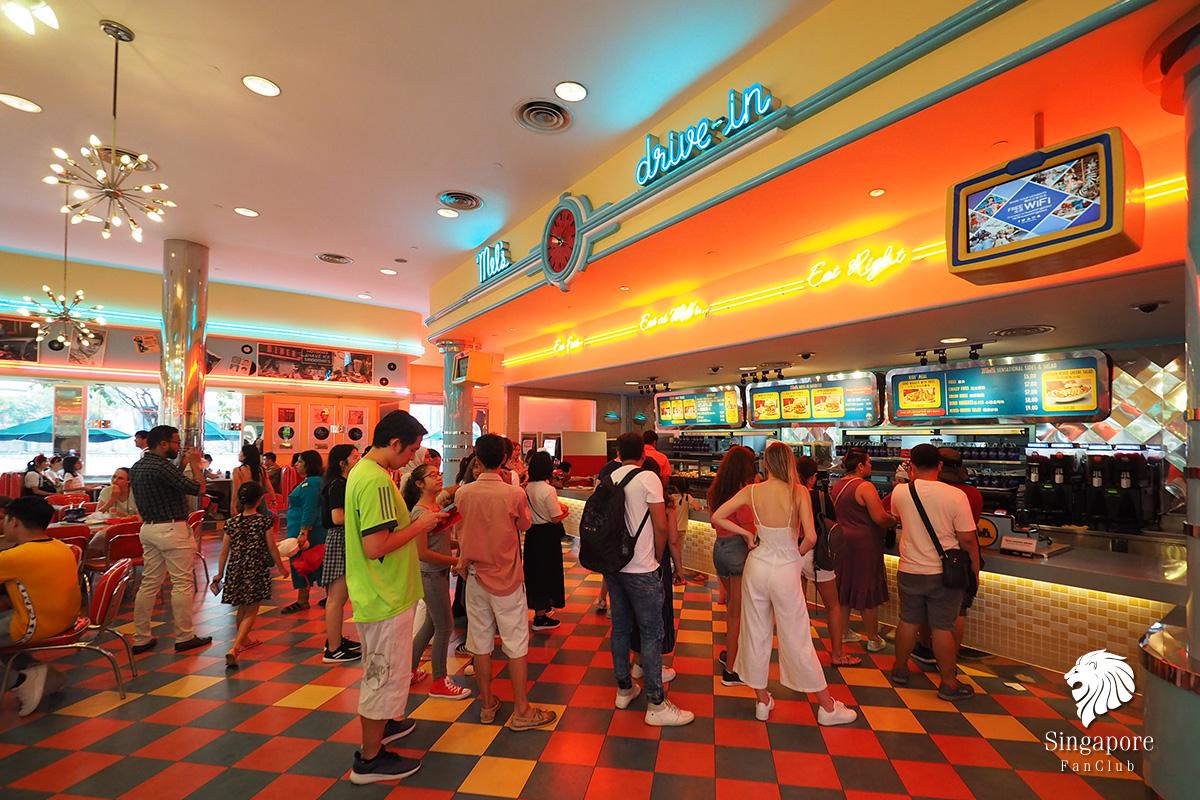 ร้านอาหาร ยูนิเวอร์แซล สิงคโปร์